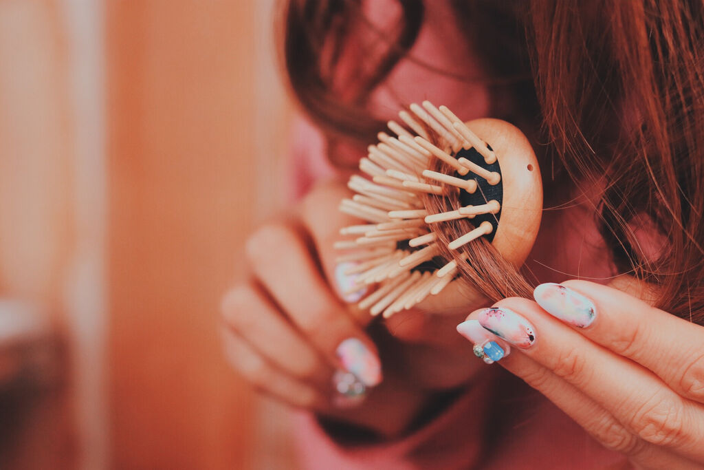 美意識の高さはツヤ髪から伝えましょう♡いつものヘアケアに+1したい5つのグッズの画像