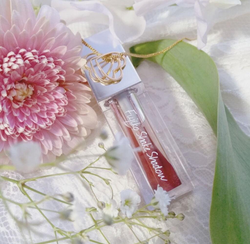 「キラッと輝くツヤまぶたになれちゃう!ラメアイシャドウのおすすめアイテム5選♡」の画像(#84020)