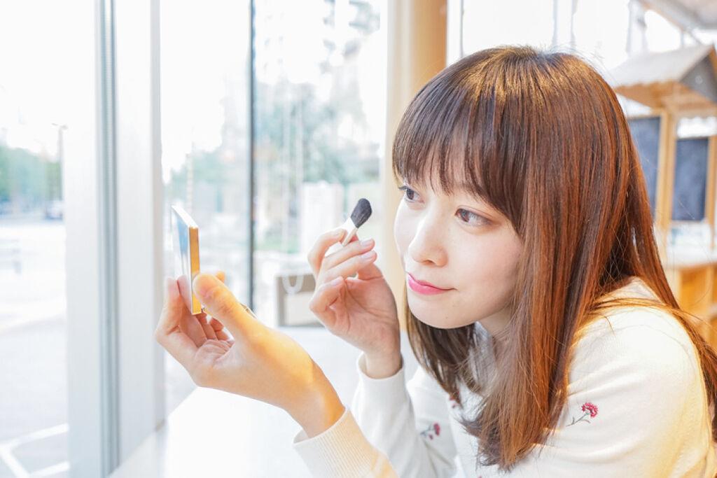 HKTで大人気【宮脇咲良】ちゃんの使用コスメ紹介♪アイメイク編の画像