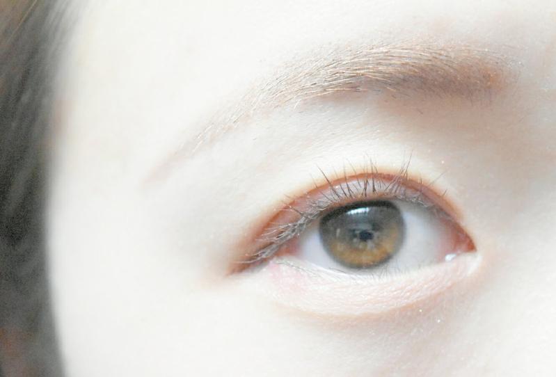 まだまだ続く韓国ブーム♪平行眉毛の書き方をマスターしようの画像