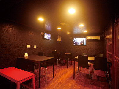 SPORTS BAR MITSUBA(みつば)(バー)