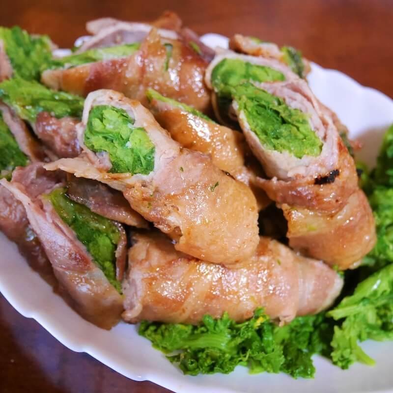 「おっかさんのまんま」の人気レシピの一つ、菜花の肉巻き