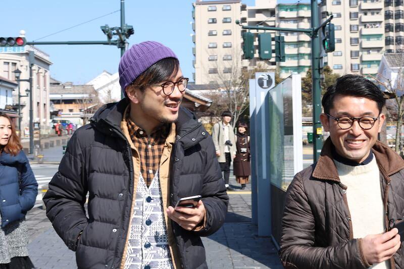 おきなまさひとさん(左)と木村大吾さん(右)。マチツクvol.8 山鹿市にて。