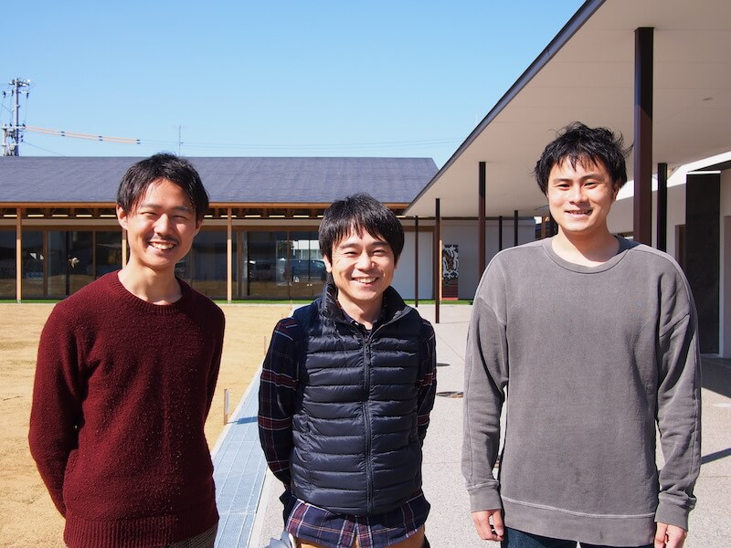 (右から)今回の小高つながる市の仕掛け人、比留間勇人さん、和田智行さん、筆者(井上)