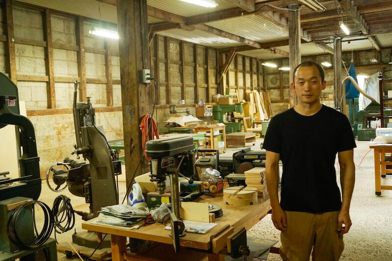 かつての水産会社の古い蔵を改修して作られた家具工房「くらcra」(函館市入舟町)