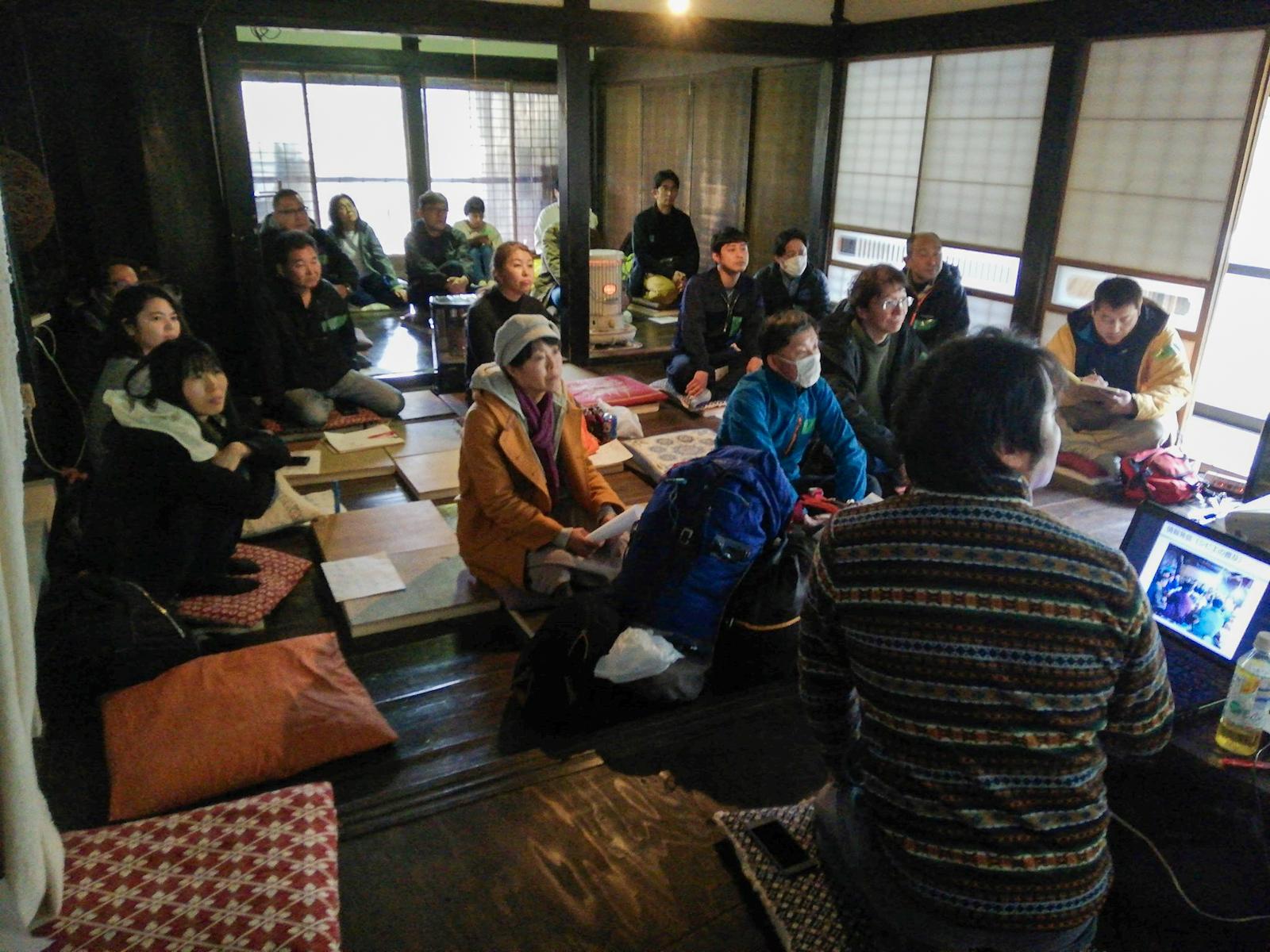 ヤマナハウスで行なう沖さん主催の『はじめての狩猟講座』の様子