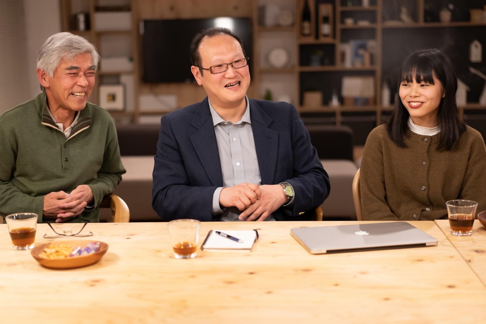 左から、三枝さん、尾崎先生、桝田さん。『おそとカフェ』への思いは三者三様です
