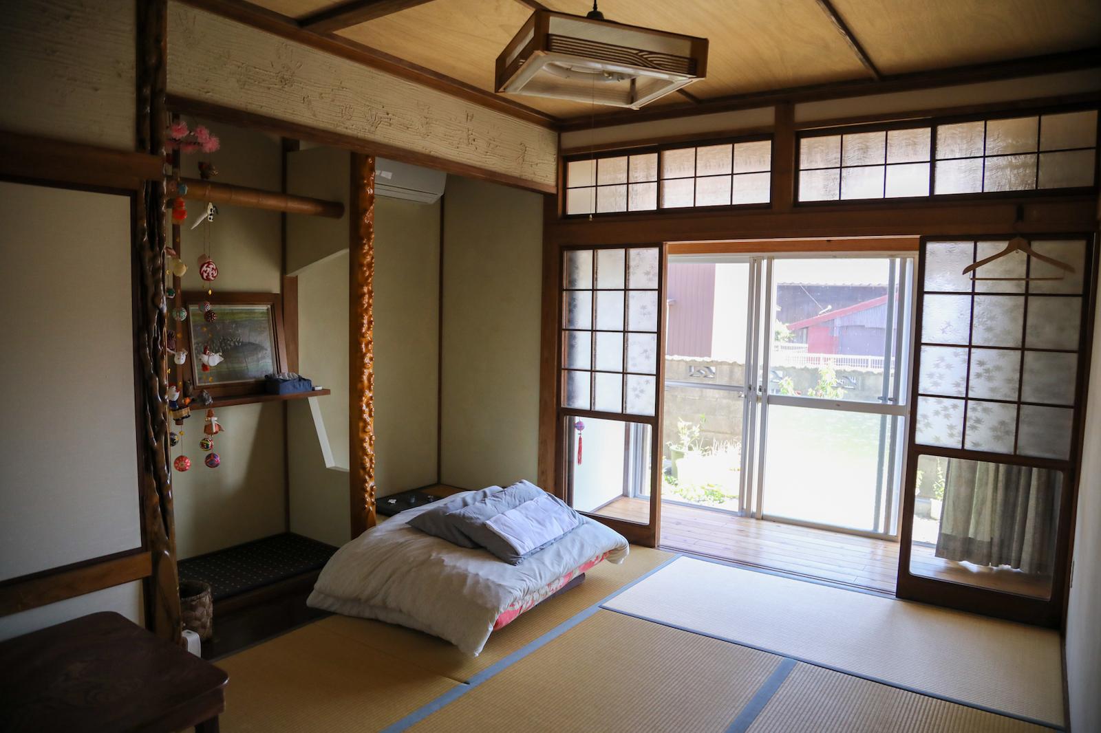 家族で泊まりやすい和室タイプの部屋。気持ちの良い縁側も売りです。