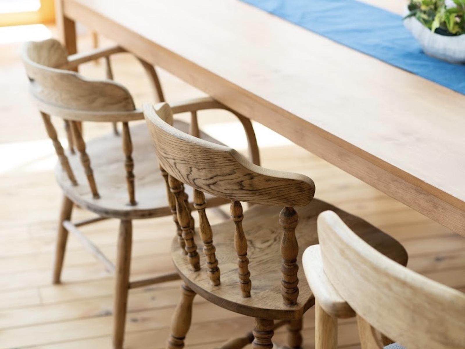 アップサイクルによってよみがえった、常連さんたちの大切な家具