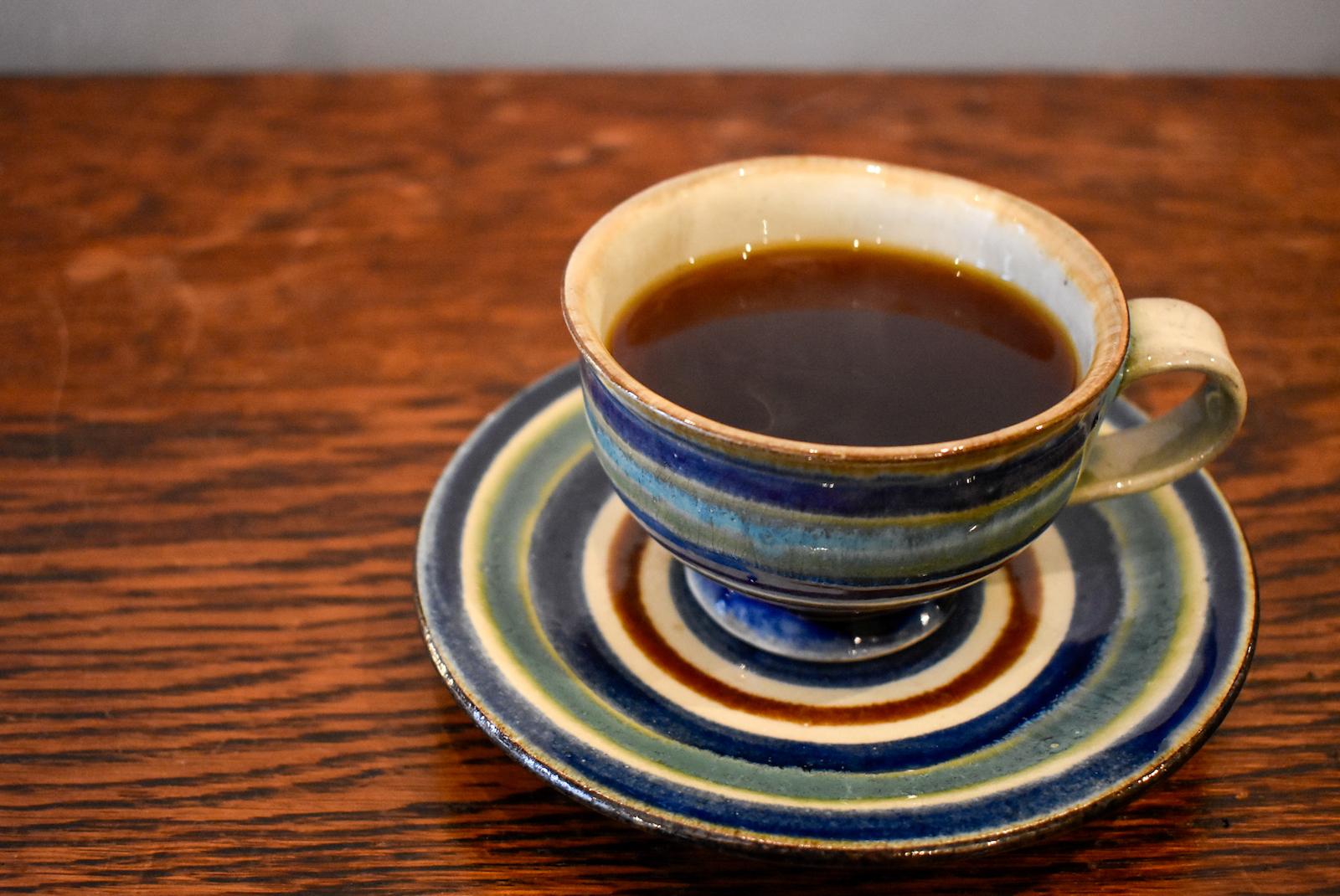 カップ&ソーサーに淹れられたコーヒーこそ最適な一杯
