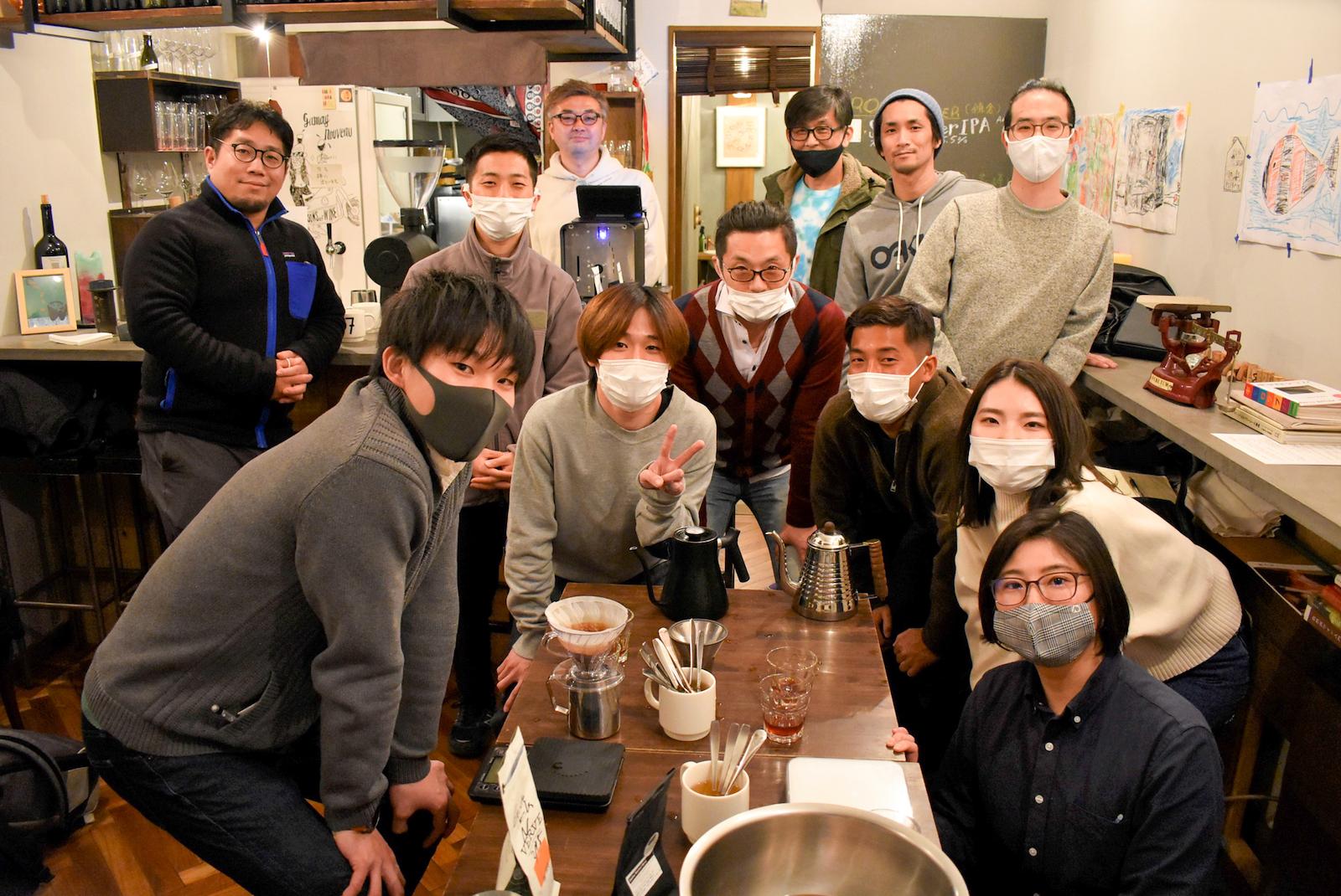 一杯のコーヒーをきっかけに繋がっていくコーヒーサロン参加者達の様子