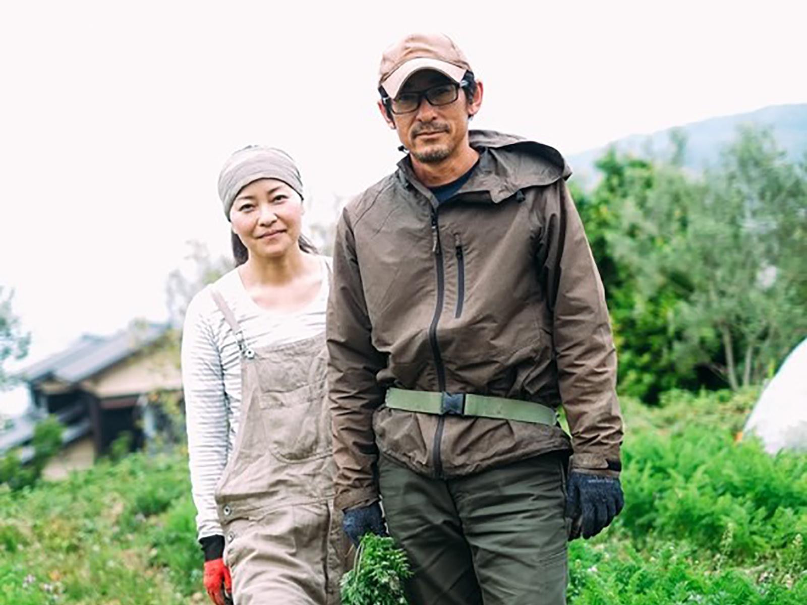 山本誠さん(写真右)、和佳さん