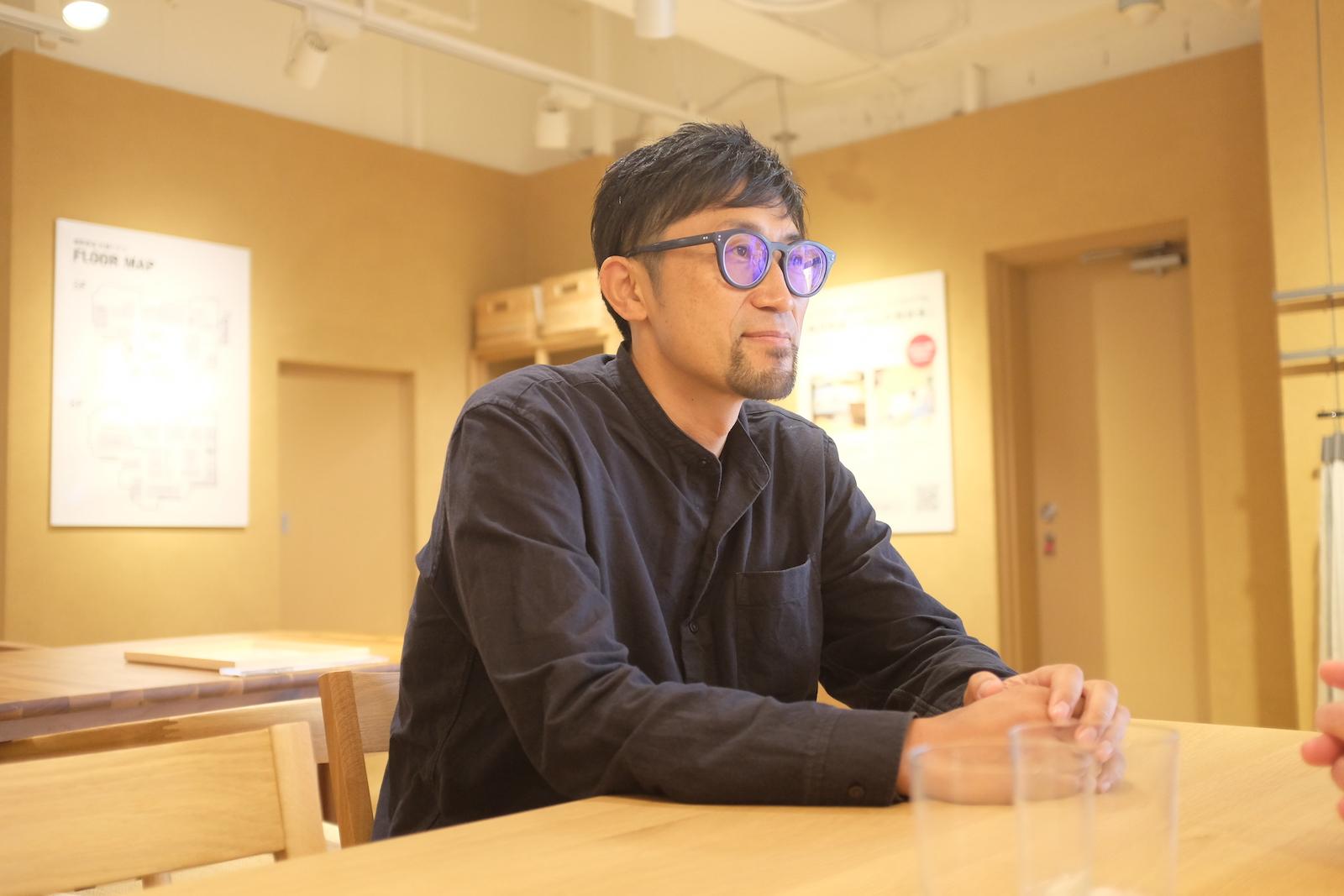 この春、神戸から北海道へ移住したばかりの井筒さん。