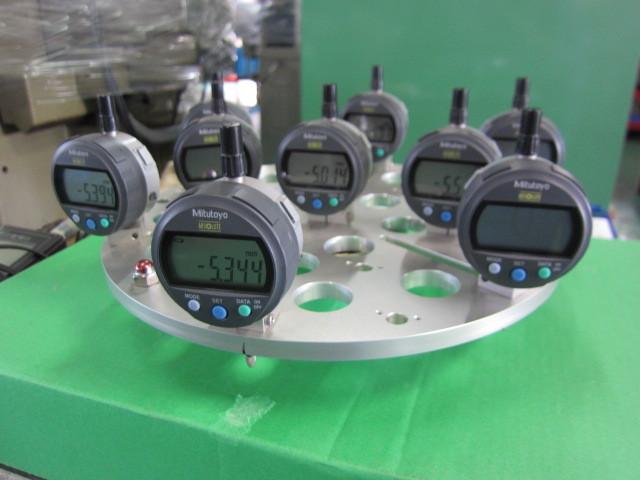 デジタル円径測定治具