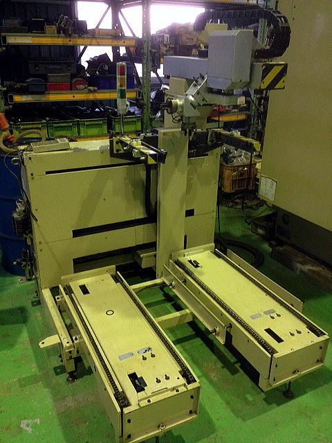 工作機械用ロボット
