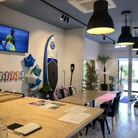 クラブサリーズ Sports & Cafeのサムネイル