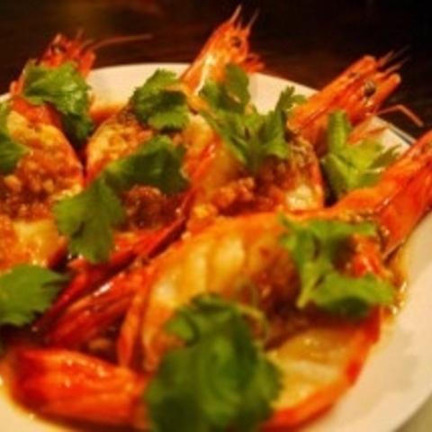 アジア食堂 amakaraのサムネイル