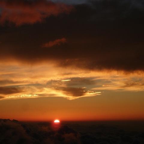 須走ルート五合目 (富士山からの日の出写真)のサムネイル