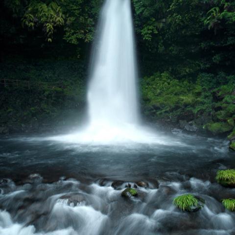 万城の滝のサムネイル