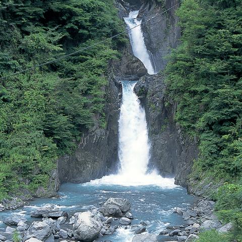 赤水の滝のサムネイル