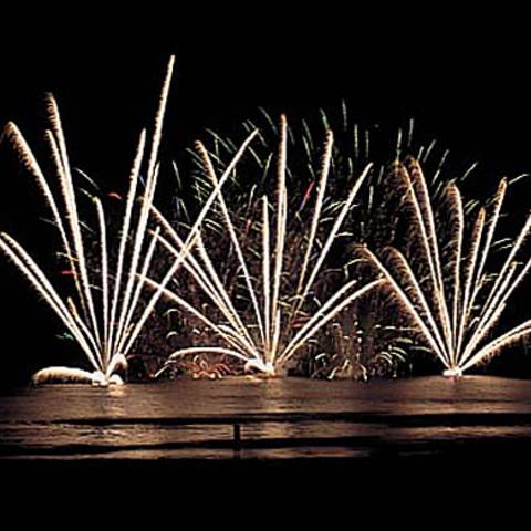 さがら海上花火大会のサムネイル
