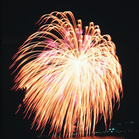 蒲郡まつり 納涼花火大会のサムネイル