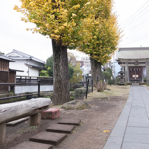 三石神社のサムネイル