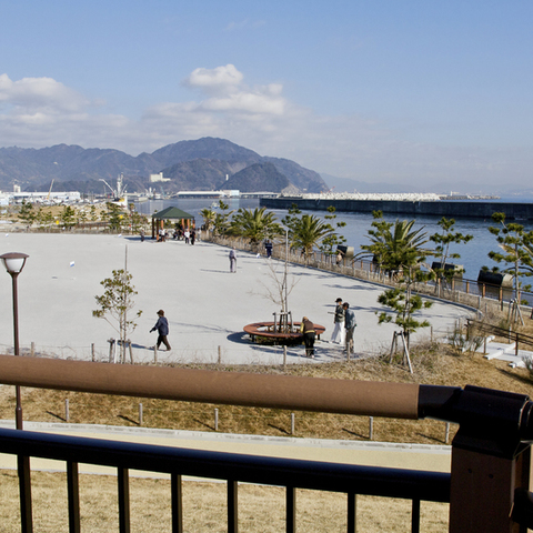 fishuna (Yaizu fishing port pro-water open space)