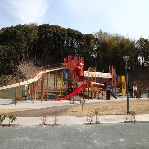 22世紀の丘公園/たまり~なのサムネイル