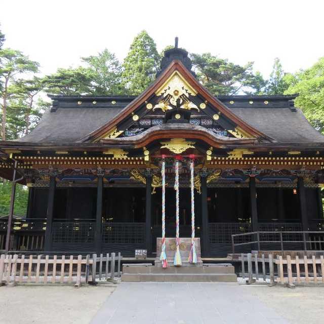 大崎八幡宮・御社殿