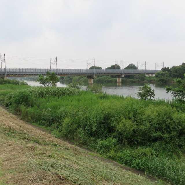 武蔵野線中川橋梁