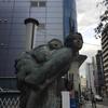 若き母の像
