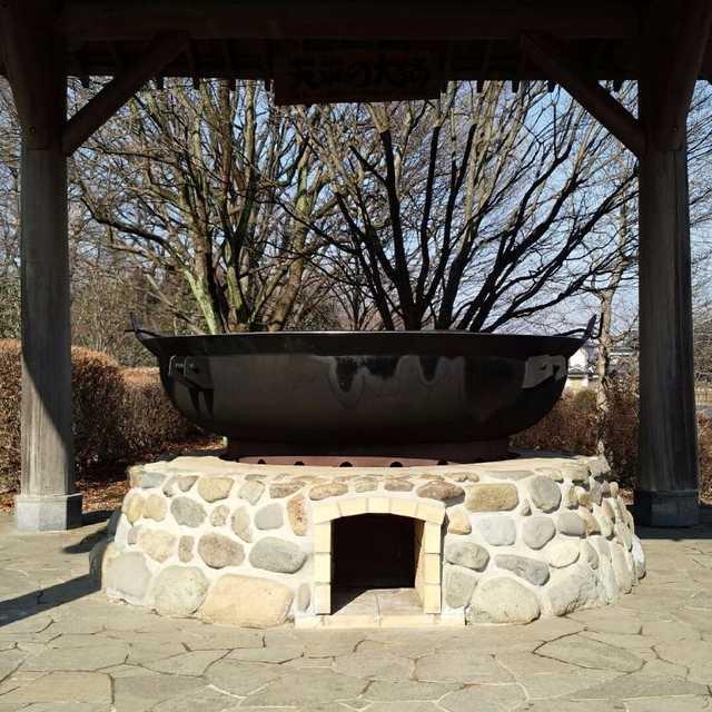 天平の大鍋