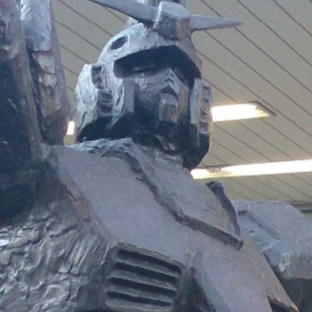 ガンダム像