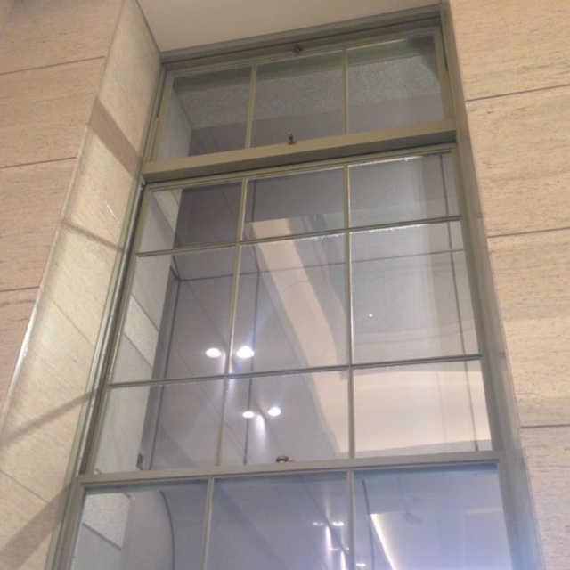 東京駅 鋼製建具