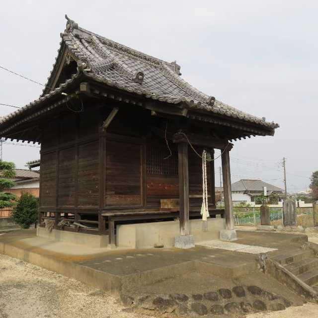 江戸川近くの香取神社