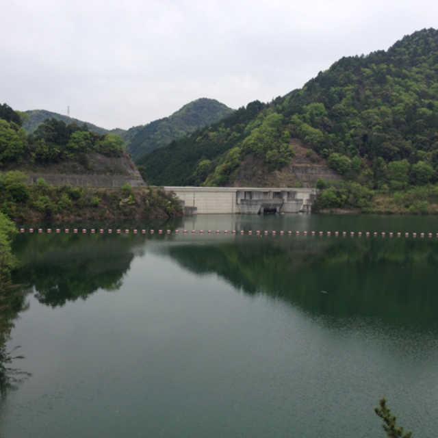 滝畑ダムとダム湖の美