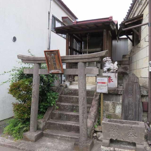 蓬莱町の白山神社