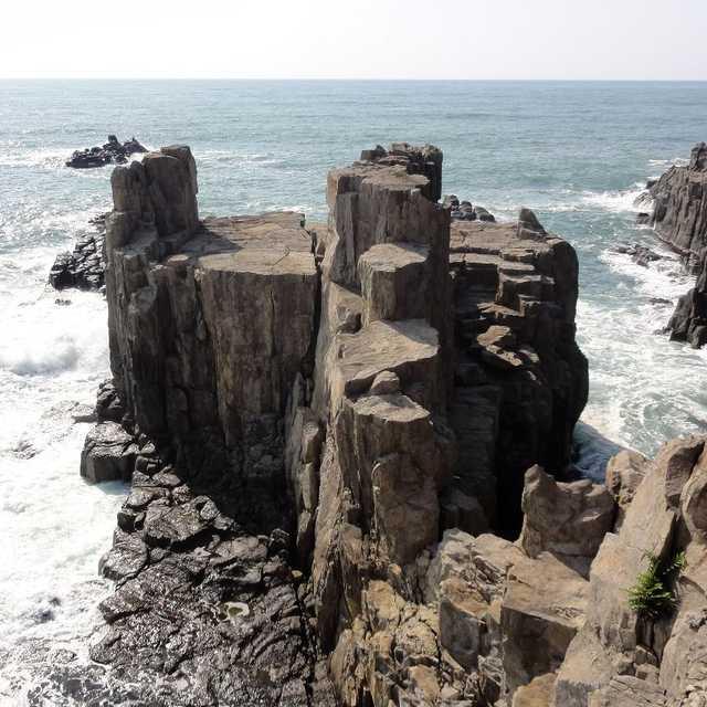 海にせり出したステージ