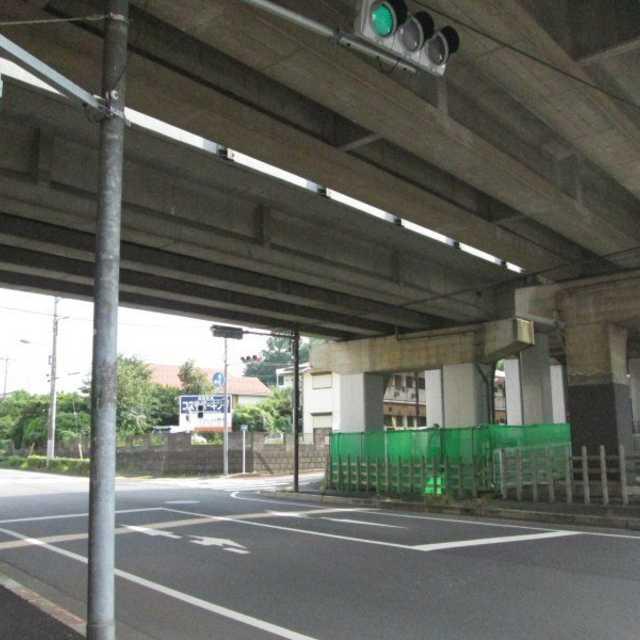 京王永山第8架道橋