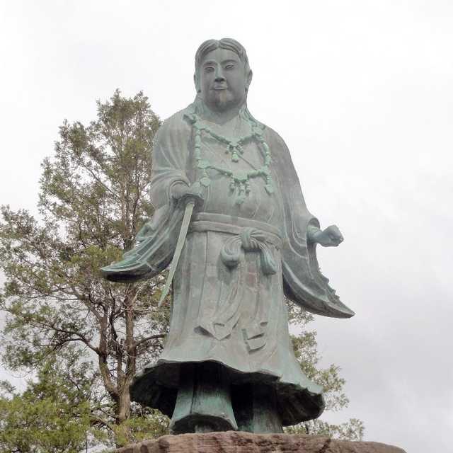 日本最古の銅像