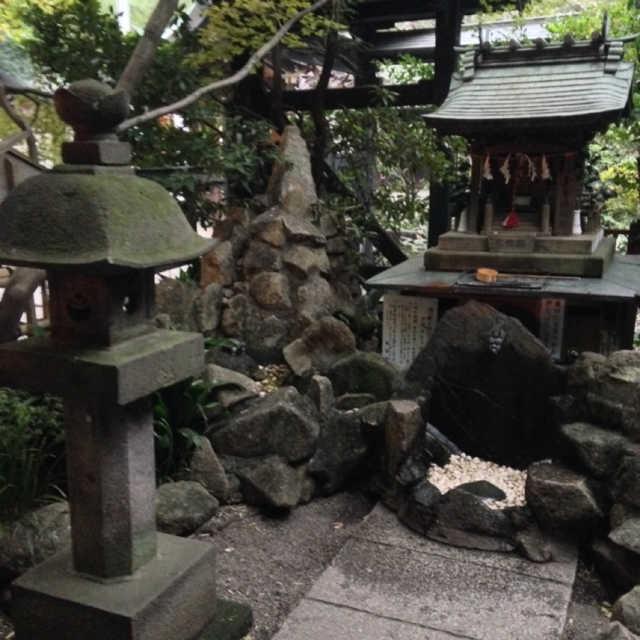 多摩清水乃社(水神様