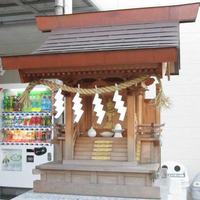 日本橋の弁財天