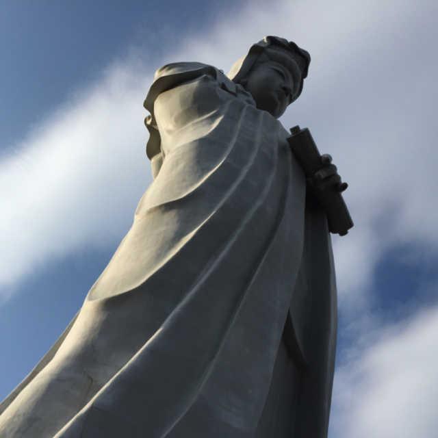 白衣観音慈悲の御手