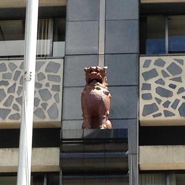 源流は古代オリエントのライオンもしくは犬?