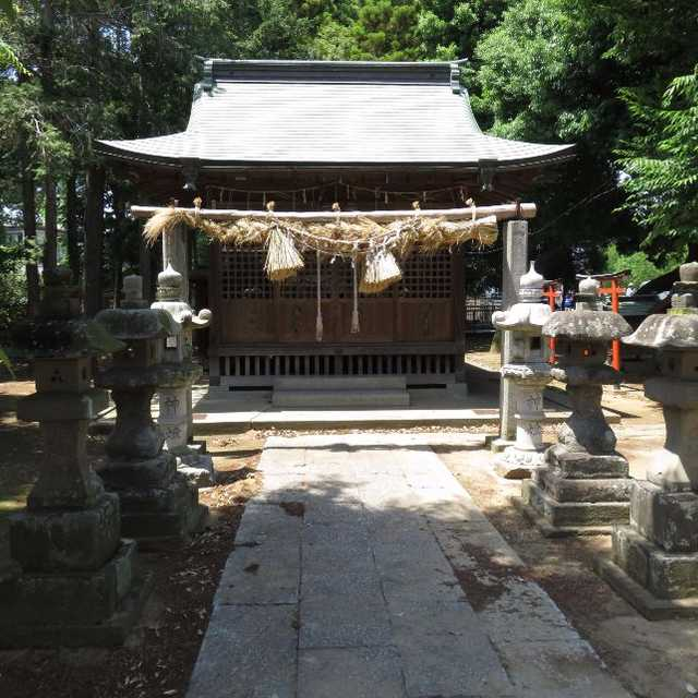 瓦曽根の稲荷神社