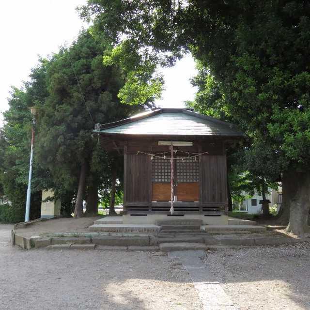 コンビニ近くの香取神社