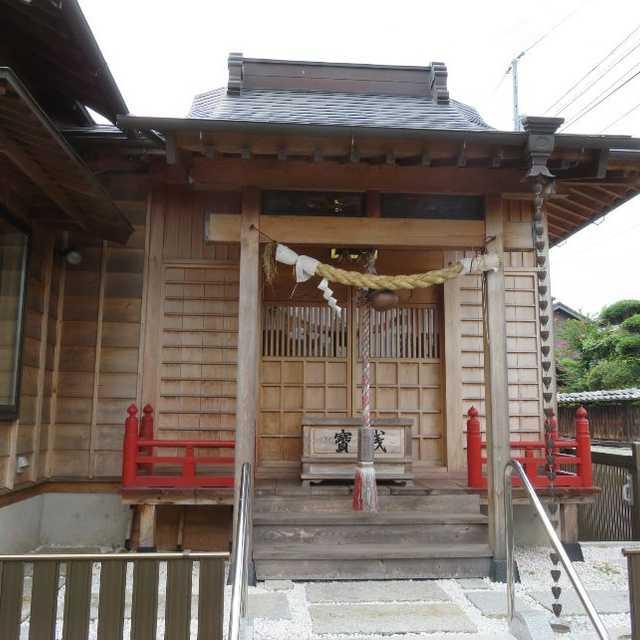 舞鶴稲荷神社