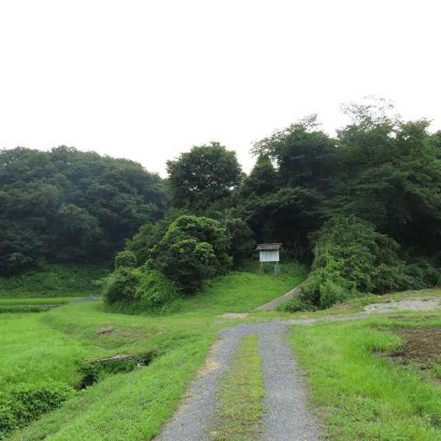永田勘衛門の墓入口