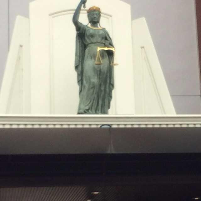 学校の正義神